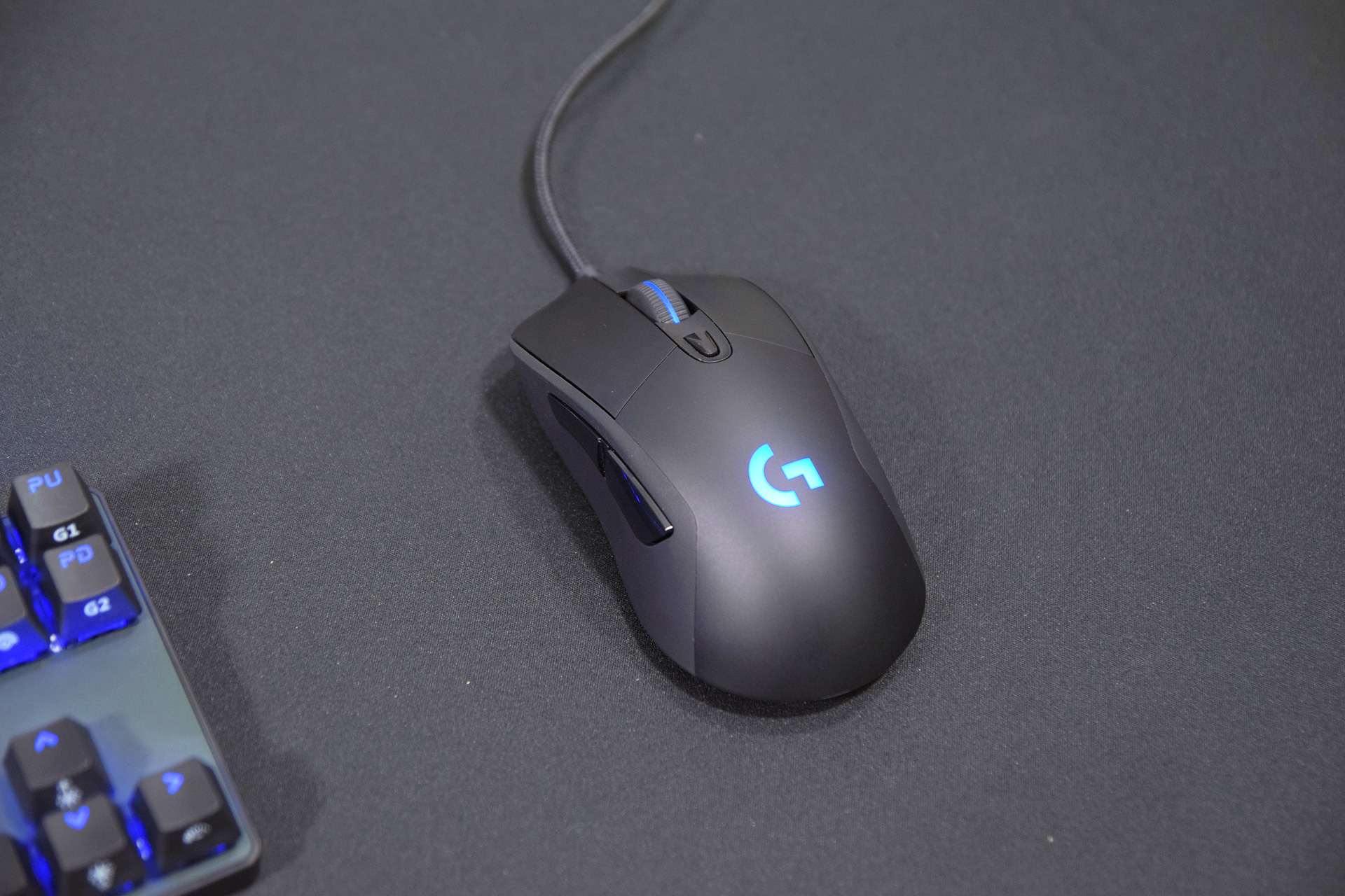 Logitech G403 Review | Best Palm Grip Gaming Mouse? - Jerry Neutron