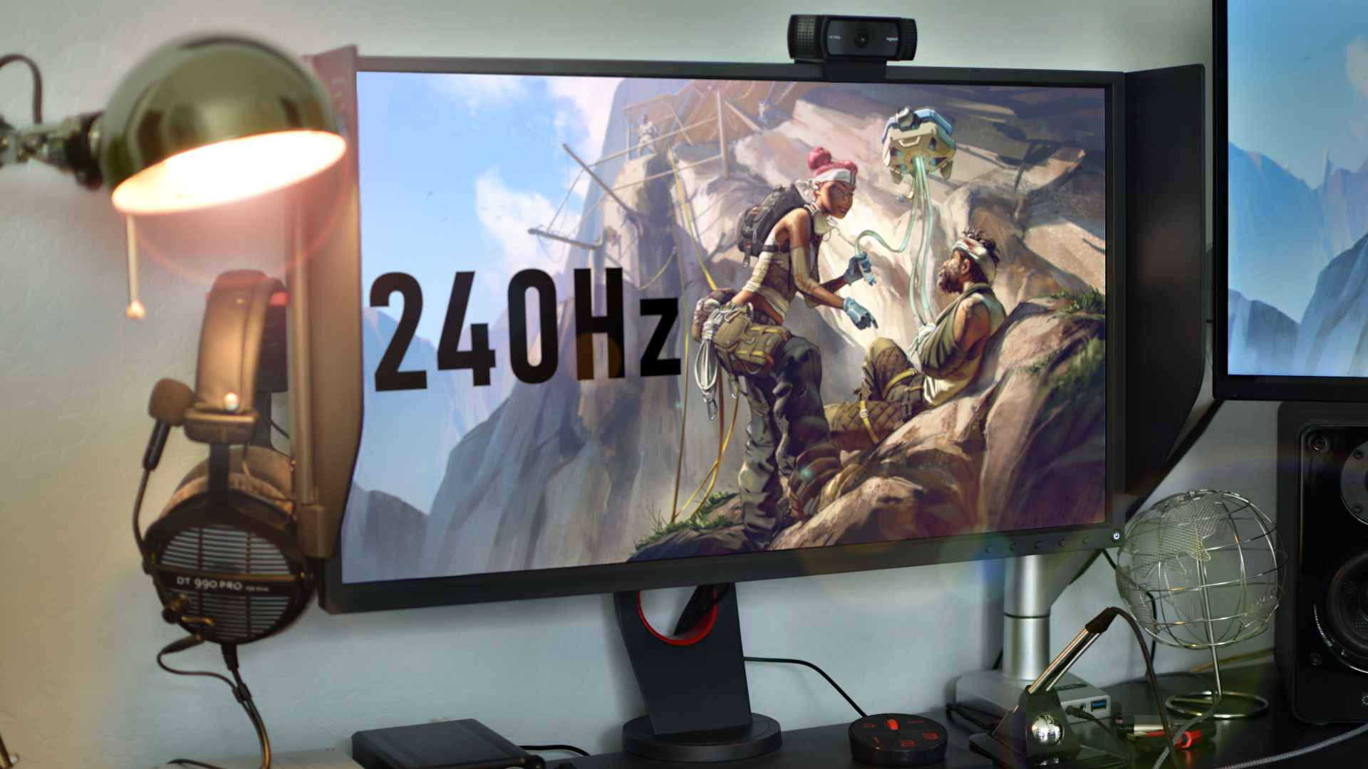 What's it Like to Game on a 240Hz Monitor? - Jerry Neutron